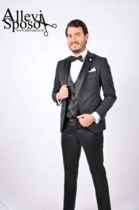 abito-cliente-nero-damascato-3-logato